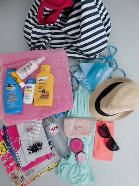 What's in my beachbag (strand en zwembad)