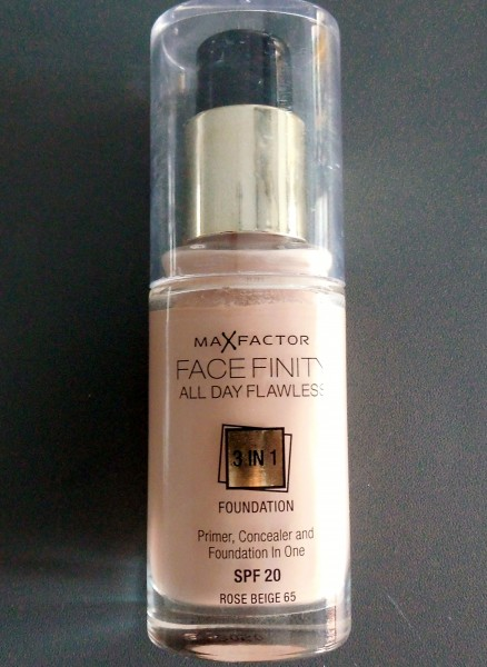 Review-Max-Factor-Flawless-3-in-1-foundation-5