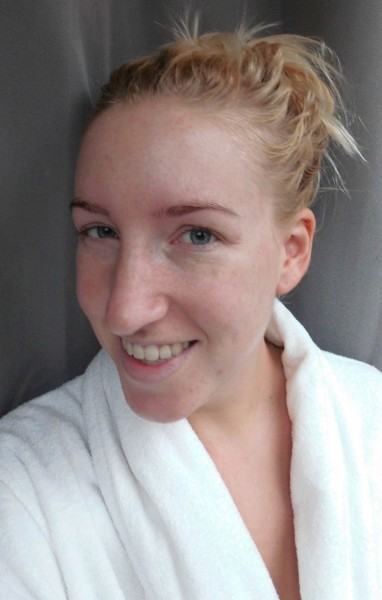 L'Oreal-nude-magique-Eau-de-teint-zonder-makeup