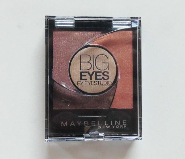 FOTD-Maybelline-Big-eyes-01-Luminous-brown-essence-4-on-the-catwalk-2