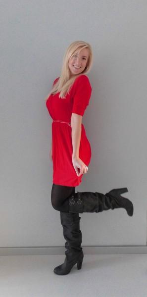 OOTD-rood-jurkje-zwarte-laarzen-red-dress-black-boots-2