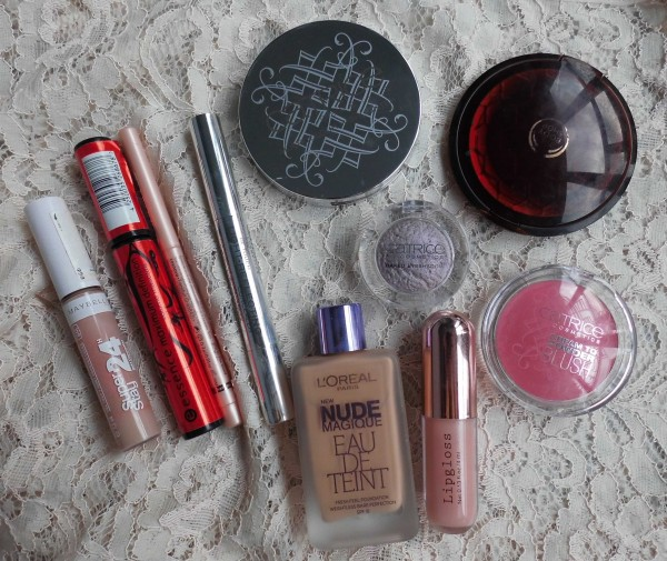 Catrice-Limited-Edition-Celtica-blush-highlighter-baked-eyeshadow-8