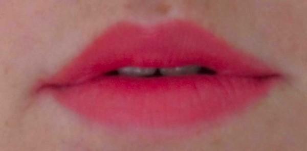 Essence-lipstick-lippenstift-01-coral-calling-1