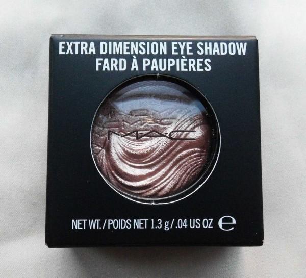 MAC-Limited-Edition-Extra-dimension-eye-shadow-sweat-heat-1