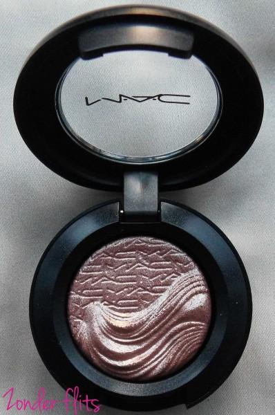MAC-Limited-Edition-Extra-dimension-eye-shadow-sweat-heat-4