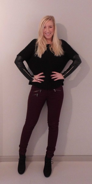 ootd-outfit-sweater-pull-bear-leather-sleeves-leren-mouw-bordeaux-broek-stradivarius-schoenen-forever-21-3