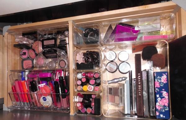 organize-makeup-stash-na