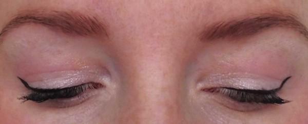Catrice-Limited-Edition-Creme-fresh-eyeshadow-another-pink-panther--gradation-blush-waterloo-sunshine-en-nail-polish-1
