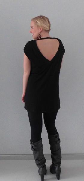 OOTD-outfit-girls-night-out-black-dress-zwart-jurkje-hoge-laarzen-zara-1