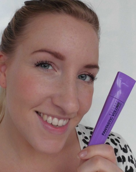 Bourjois-Fantastic-Volume-mascara-review-6
