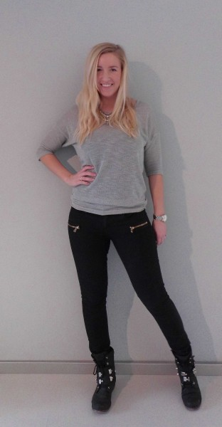 ootd-outfit-of-the-day-grey-grijs-shirt-pieces-statement-necklace-primark-boots-2