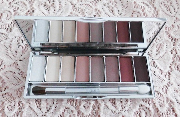 Clinique-all-about-shadow-8-pan-palette-neutral-review-3