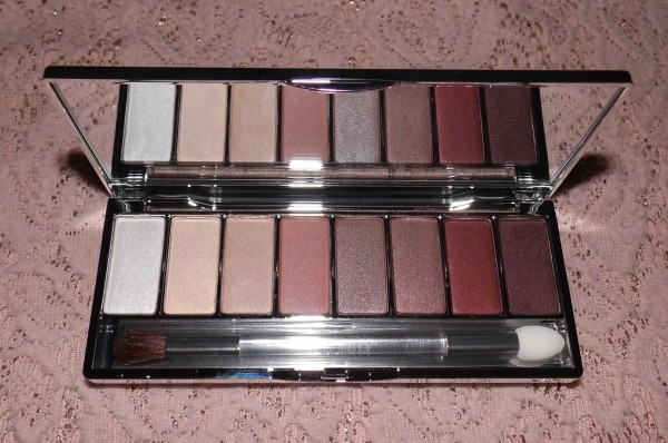 Clinique-all-about-shadow-8-pan-palette-neutral-review-4