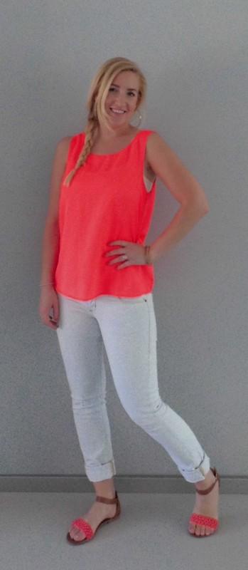 OOTD-outfit neon roze oranje sandalen primark light jeans bershka
