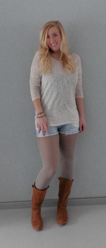 ootd-outfit-waisted-shorts-zara-boots-stradivarius-trui-forever-21-leather-jacket-leren-jasje-mango-2