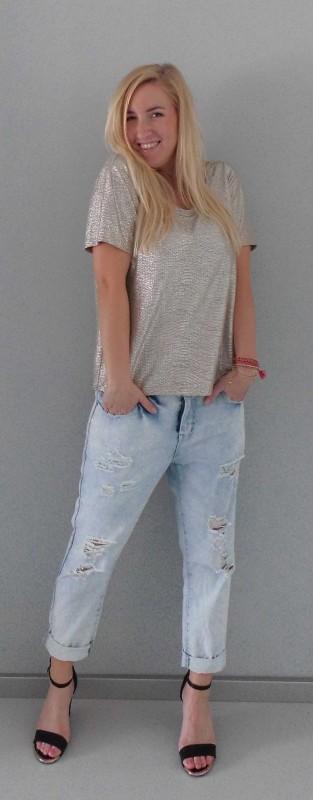 OOTD-outfit-waisted-boyfriend-jeans-primark-metalic-gold-shirt-H&M-bracelets-armbandjes-hippie-2