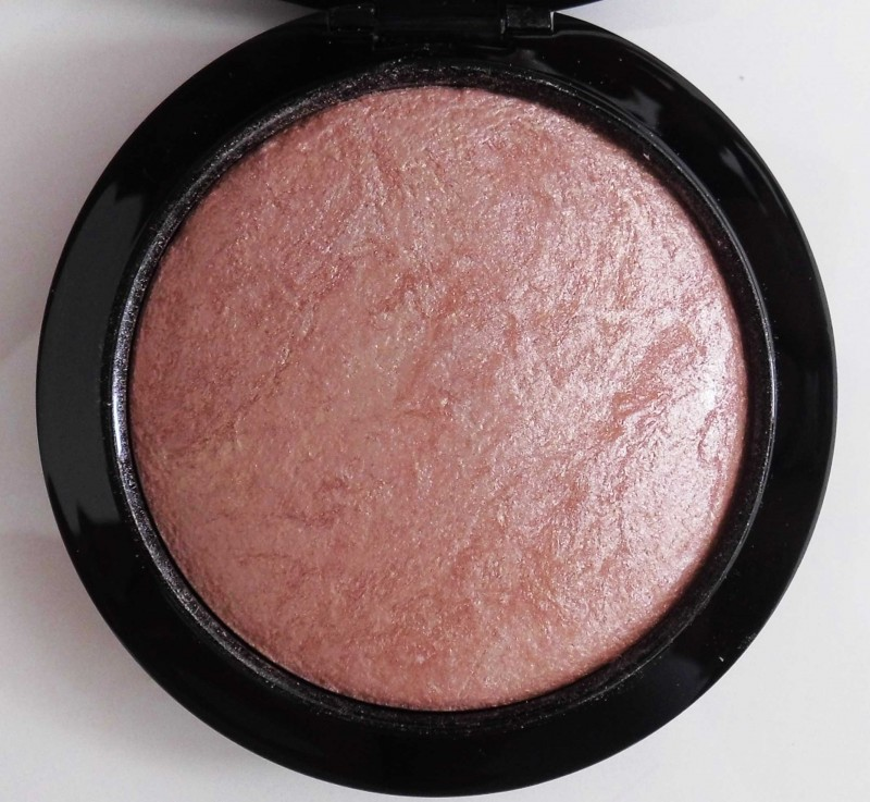 Review-MAC-Mineralized-Skinfinish-Soft-and-Gentle-6