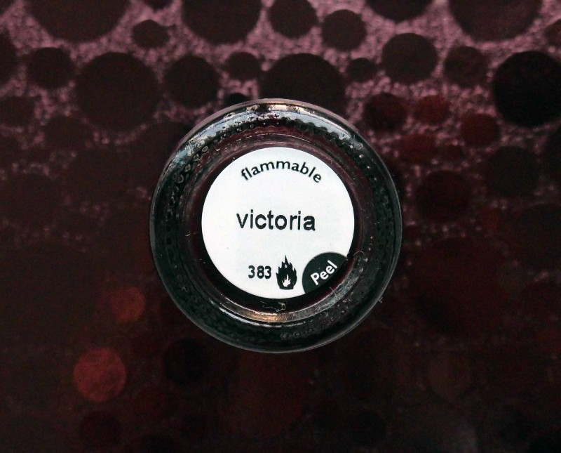 NOTD-nail-nailpolish-nagellak-bordeaux-rood-donkerrood-red-Nails-Inc-383-Victoria-1