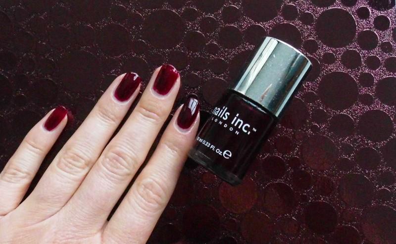 NOTD-nail-nailpolish-nagellak-bordeaux-rood-donkerrood-red-Nails-Inc-383-Victoria-5