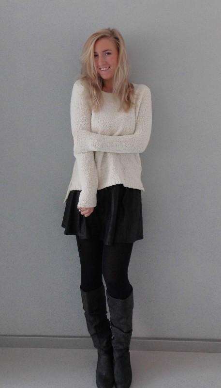 OOTD-outfit-whatimwearing-fluffy-sweater-trui-forever21-leather-look-skirt-stradivarius-leer-high-heel-boots-zara-nice-warm-winter-3