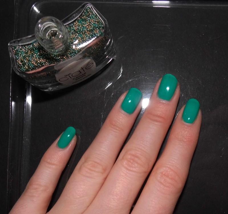 Kerst-nailart-nails-nagellak-nagels-NOTD-ciaté-caviar-glitter-groen-green-emerald-5