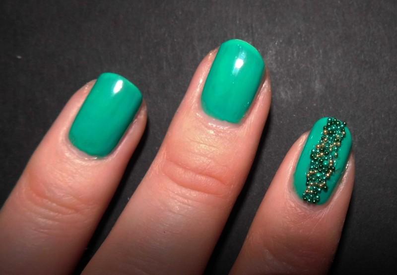 Kerst-nailart-nails-nagellak-nagels-NOTD-ciaté-caviar-glitter-groen-green-emerald-6