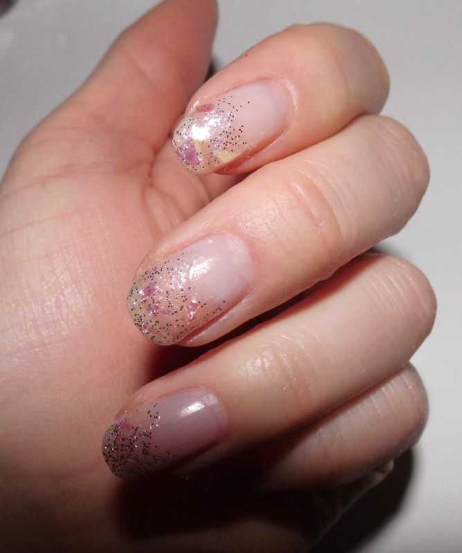 snelle-simpele-nailart-nagellak-nagels-diy-tutorial-winter-sneeuw-glitter-10