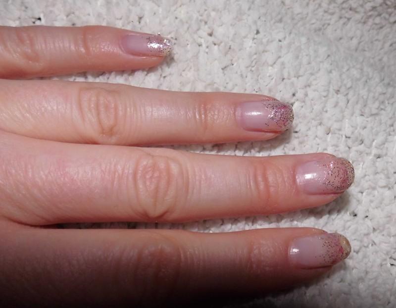 snelle-simpele-nailart-nagellak-nagels-diy-tutorial-winter-sneeuw-glitter-11