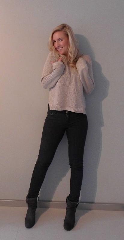 OOTD-outfit--trui-skinny-jeans-H&M-boots-stradivarius-broek-grijs-zara-koel-1
