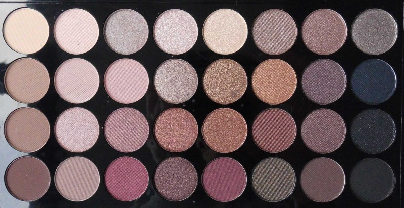 Review-makeup-revolution-london-flawless-ultra-eyeshadow-32-palette-blondiebeautyfashion-look-5