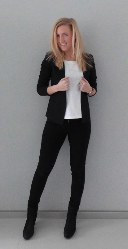 ootd-outfit-of-the-dat-what-im-wearing-black-white-zwart-wit-colbert-basic-work-werk-simpel-3