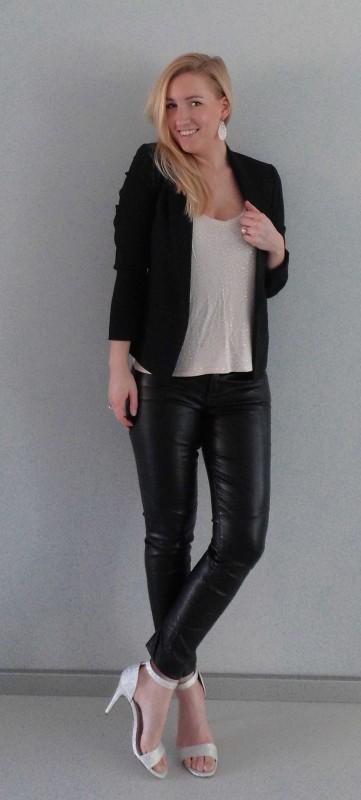 OOTD-outfit-leren-broek-leather-pants-glitter-hakken-sandalette-colbert-blazer-zwart-party-feestje-sexy-stijlvol-2