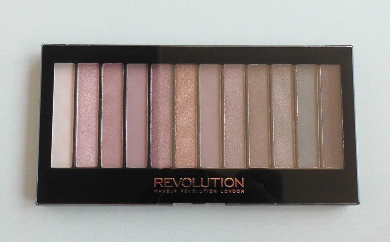 Review-Makeup-Revolution-Redemption-palette-iconic-3-eyeshadow-oogschaduw-budget-dupe-urban-decay-naked-3-1