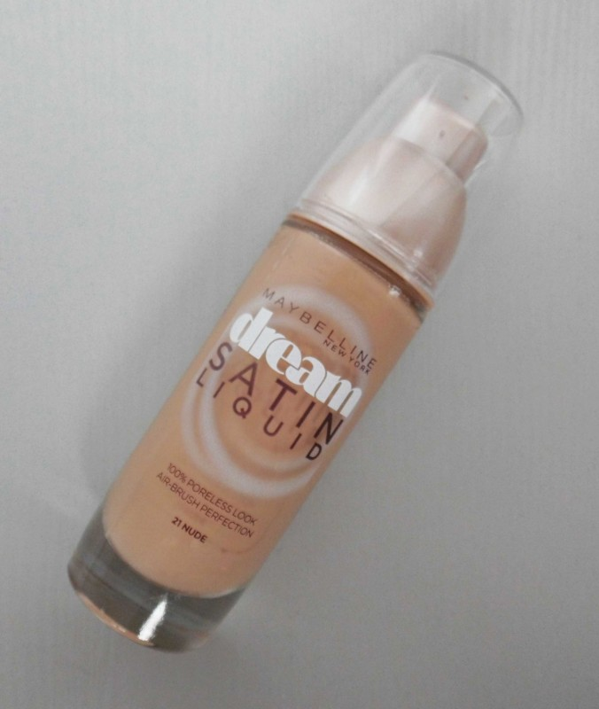 Review-Maybelline-Dream-Satin-Liquid-foundation-2