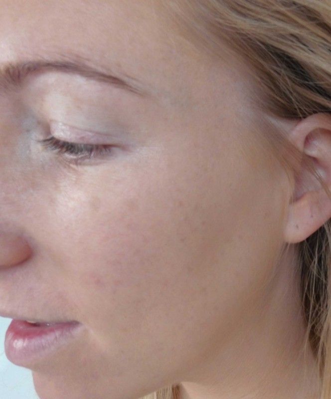 Review-Too-Faced-Born-This-Way-foundation-natural-beige-18
