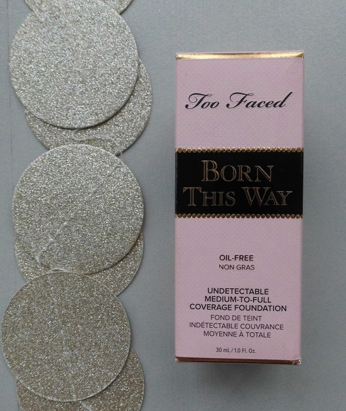 Review-Too-Faced-Born-This-Way-foundation-natural-beige-5