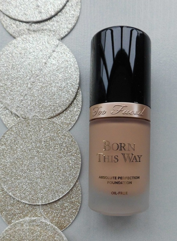 Review-Too-Faced-Born-This-Way-foundation-natural-beige-7