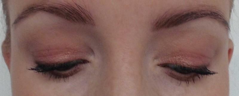 Review-Zoeva-Cocoa-Blend-oogschaduw-palette-swatch-look-11