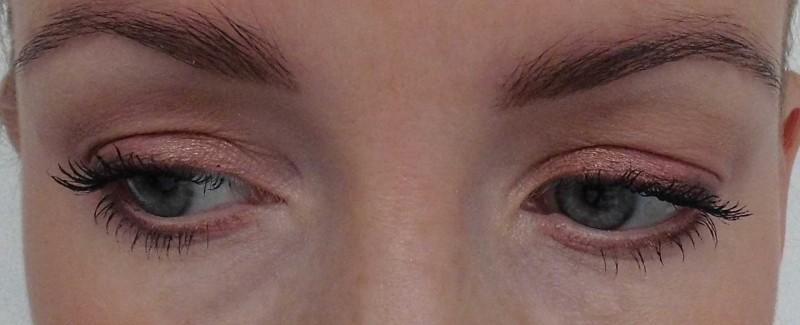 Review-Zoeva-Cocoa-Blend-oogschaduw-palette-swatch-look-12