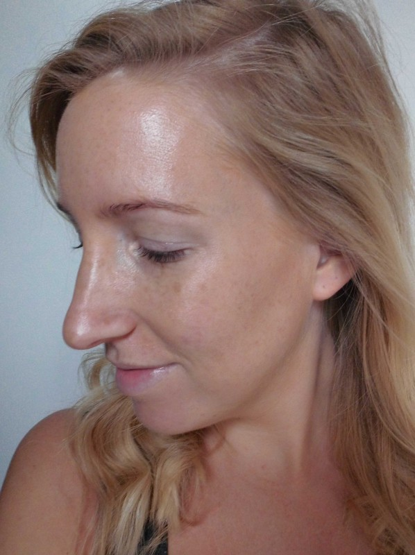 Review-BareMinerals-Complexion-Rescue-tinted-moisturizer-natural-naturel-look-swatch-11