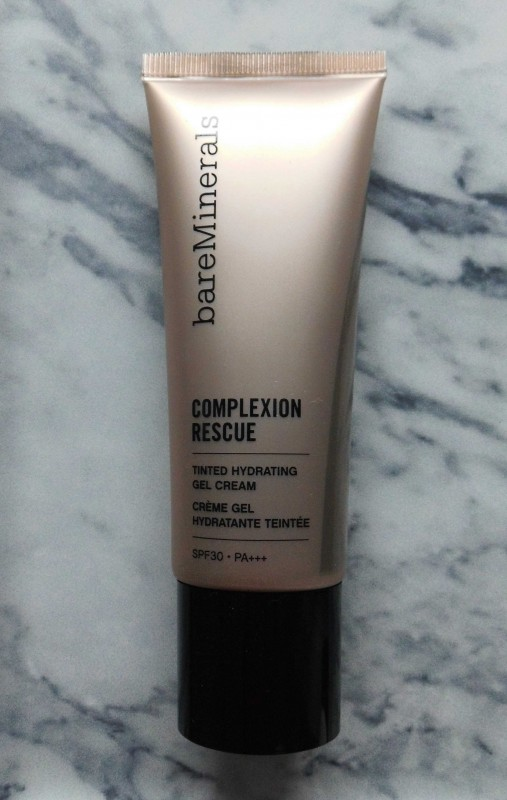 Review-BareMinerals-Complexion-Rescue-tinted-moisturizer-natural-naturel-look-swatch-5