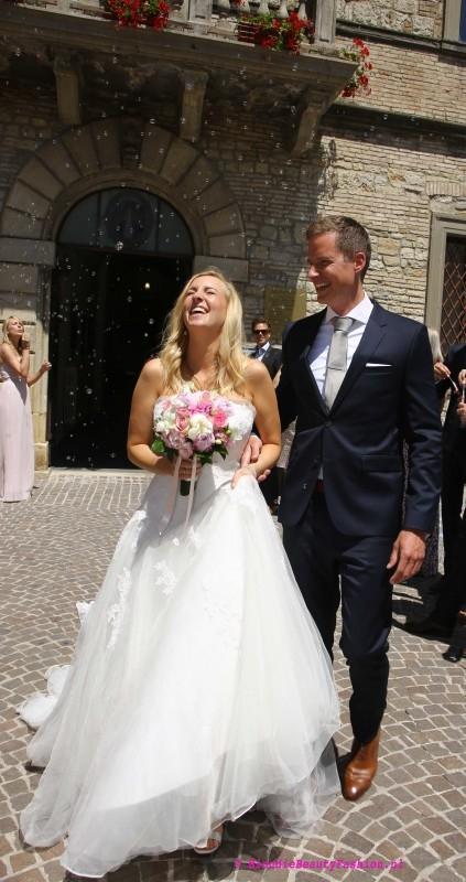Bruiloft-italie-trouwjurk-bloomfeld-villa--la-farfalla-umbrie-toscane-droombruiloft-trouwen-1