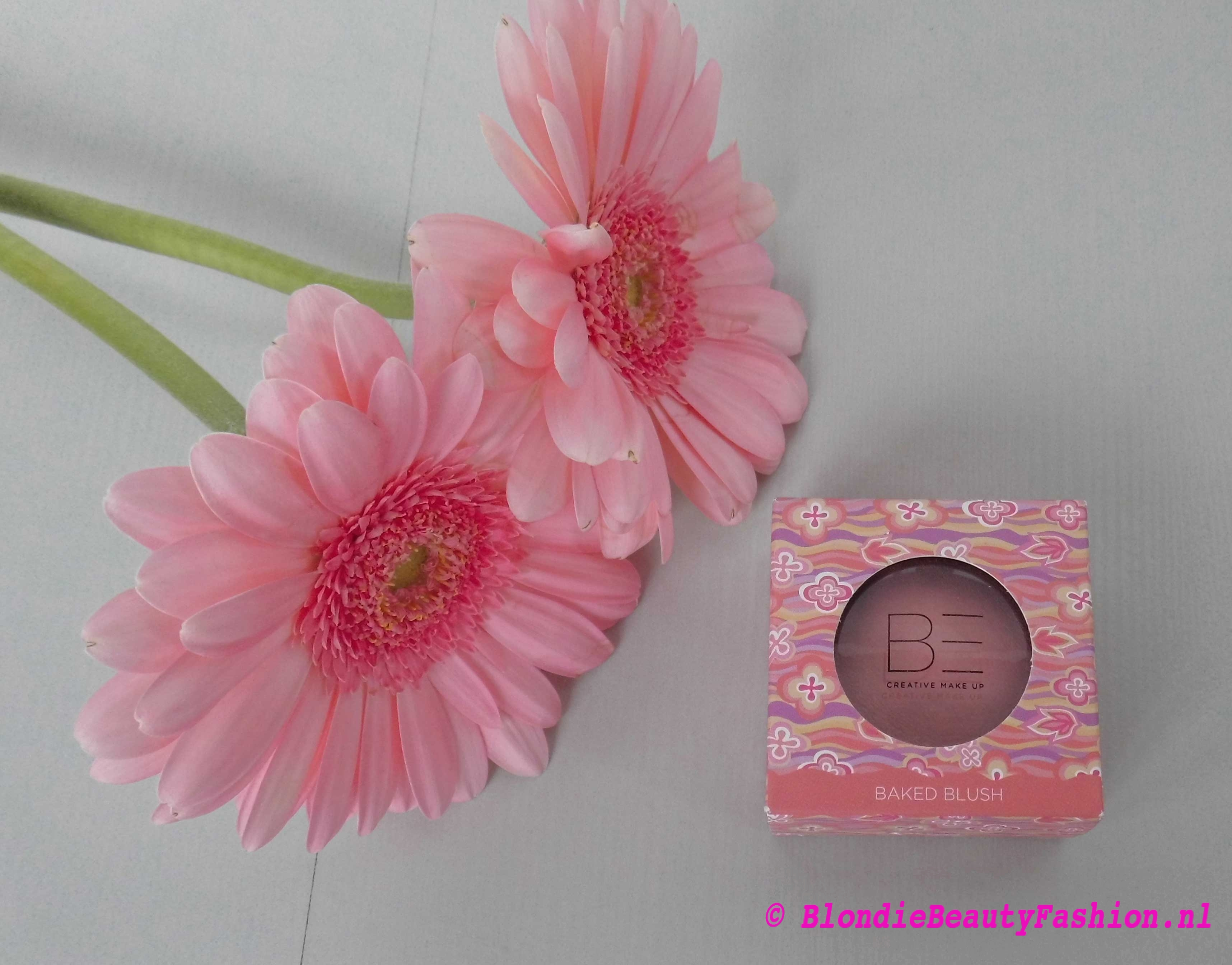 Review-BE-Creative-makeup-baked-blush--in-001-romance-ici-paris-xl-1
