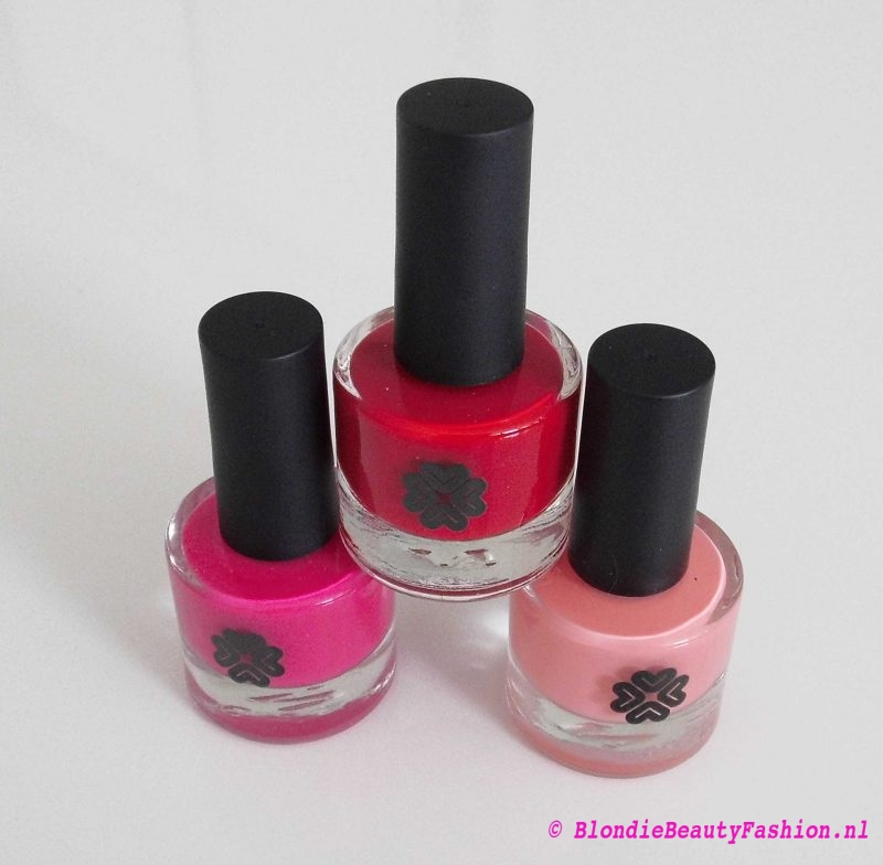 review-Lily-Lolo-nagellak-Carnival-miss-scarlet-soft-coral-test-swatch-3