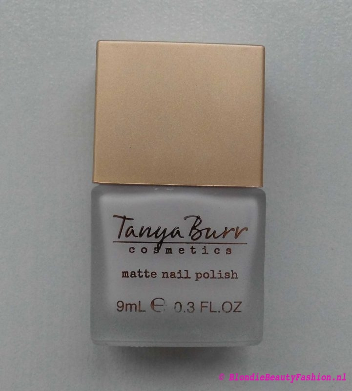 Review-Tanya-Burr-oogschaduw-enchanted-dream-birthday-suit-new-chapter-10