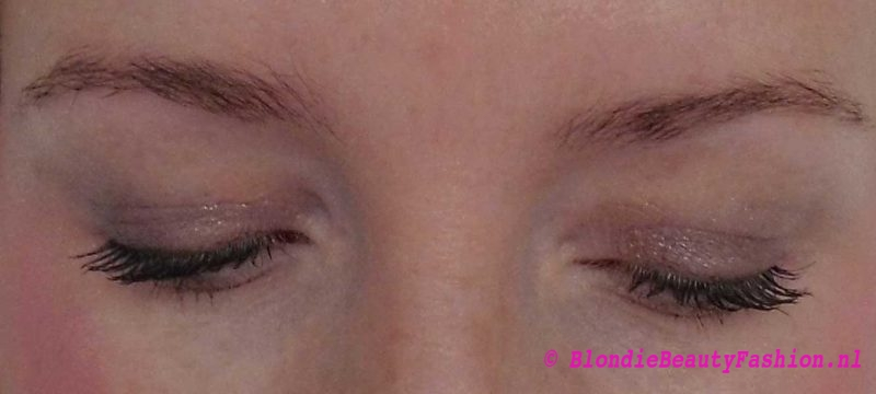 Review-hema-eyebrow-kit-in-taupe-wenkbrauwen-6