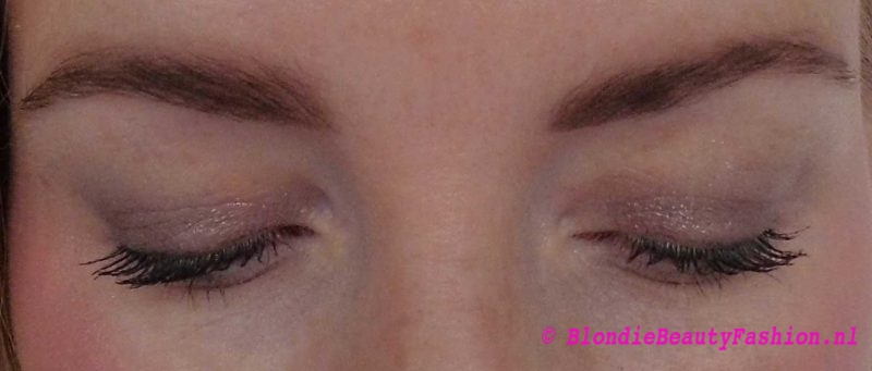 Review-hema-eyebrow-kit-in-taupe-wenkbrauwen-7