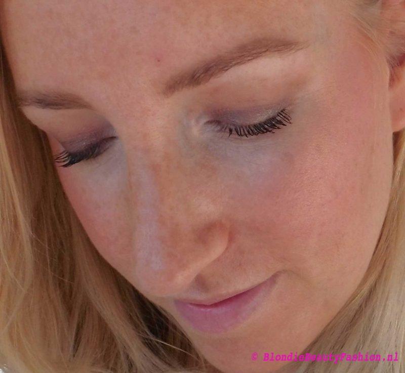 mac-oogschaduw-in-club-look-blauwe-ogen-7