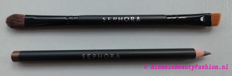 review-test-Sephora-It-palette-delicate-nude-eyeshadow-hippie-girl-eyeliner-crayon-taupe-10