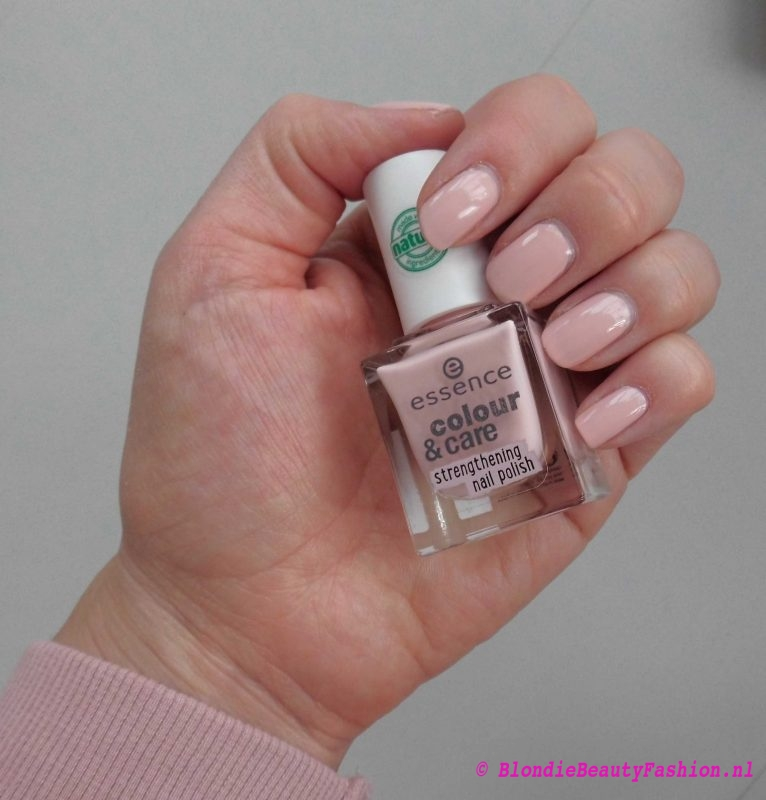 notd-nail-nailpolish-nagellak-essence-colour-care-02-i-care-for-you-3